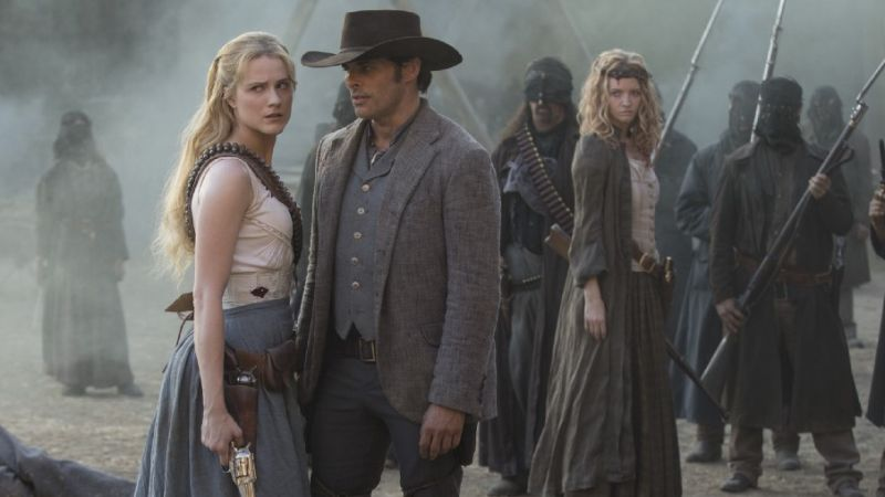 The Hosts Go to War in This Week's Episode of 'Westworld' - Movie